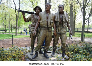 Washington DC Vietnam Veteran's Memorial - The Three Soldiers