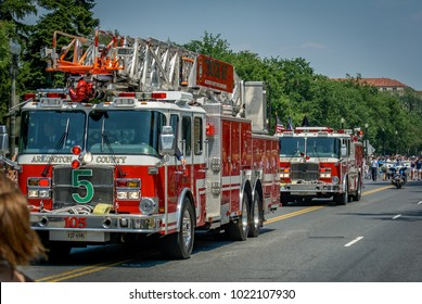 WASHINGTON DC-May 30, 2011: Memorial Day Parade. Two Firetrucks from Arlington
