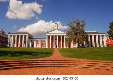 Washington Hall, Washington and Lee University in Lexington