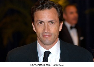 WASHINGTON MAY 1 - Andrew Shue arrives at the White House Correspondents Association Dinner May 1, 2010 in Washington, D.C.
