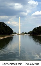 Washington memorial with refecting sea
