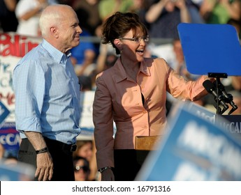 WASHINGTON, PA - AUGUST 30: Sen. John McCain and running mate Sarah Palin campaign in Washington, PA, on August 30, 2008.