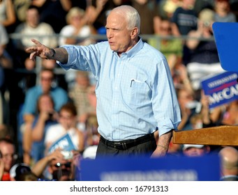 WASHINGTON, PA - AUGUST 30: Senator John McCain waves to a crowd during a campaign visit to Washington, PA, August 30, 2008.