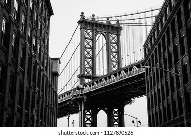 Washington Street and the Manhattan Bridge, in DUMBO, Brooklyn, New York City.