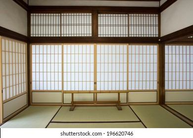 washitsu room, Japanese style study room with wall painting, Tenryu-ji temple, Kyoto.Japan