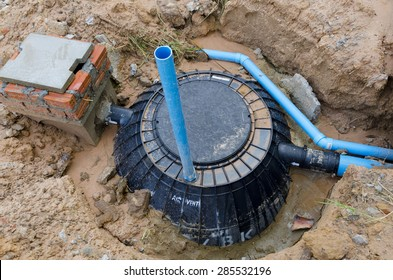 Waste treatment tank / septic tank installation