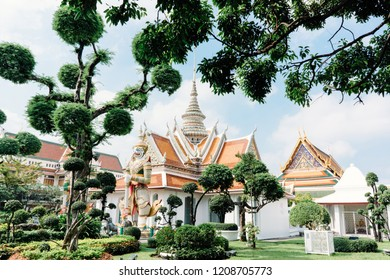 Wat Arun is a Buddhist temple in Bangkok, Thailand. Inside Wat Arun Temple. The worship of the Thai people. Suitable for tourism.
