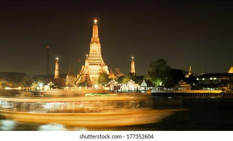 Wat Arun at night, Bangkok, Thailand