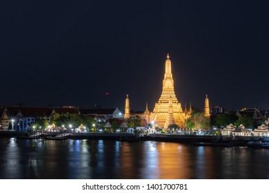 Wat Arun, Ratchawararam Woramahawihan Popular religious attractions in Thailand