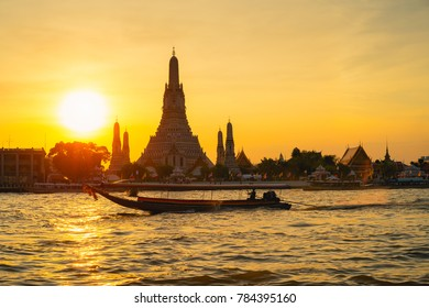 Wat Arun at sunset, Bangkok Thailand