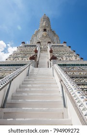 Wat Arun (Temple of Dawn) in Bangkok, Thailand