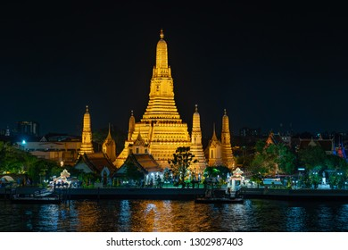 Wat Arun or Temple of dawn is one of the most famous landmarks in Bangkok, Thailand. Its distinctive prang (spires) were built in the early 19th century during the reign of King Rama II.