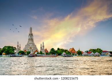 Wat Arun Temple In morning. landmark of Bangkok, Thailand