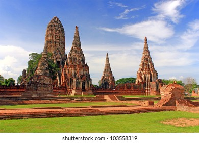 Wat Chaiwatthanaram, Ancient temple and monument in Thailand