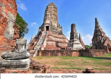 Wat Chaiwatthanaram is a Buddhist temples in Phra Nakhon Si Ayutthaya Province, Thailand