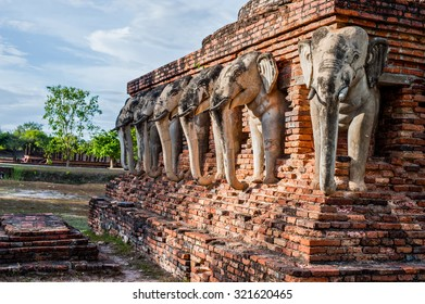 Wat Chang lom, elephant statues around Sukhothai Historical Park,Sukhothai Thailand