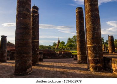 Wat Mahathat is a temple in Sukhothai town since ancient times. And is the temple of Sukhothai Kingdom Wat Mahathat is located in the Sukhothai Historical Park. :SUKHOTHAI,THAILAND-JULY,01,2018