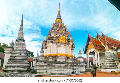 Wat Phra Borommathat Chaiya Worawihan.