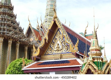 wat phra kaew and the grand palace.