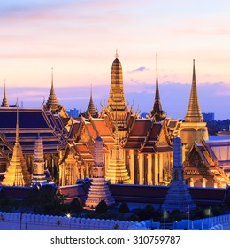 Wat Phra Kaew, Temple of the Emerald Buddha and Grand Palace at twilight in Bangkok, Thailand