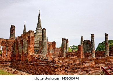 Wat Phra Si Sanphet is a Buddhist temple located in Ayutthaya, Thailand. This place also be one of ayutthaya historical park.