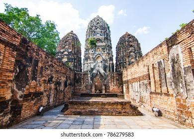 Wat Si Sawai (Sri Savaya) in Sukhothai A big Khmer style temple in Sukhothai. of big temples in Sukhothai Historical Park,  Sukhothai THAILAND.