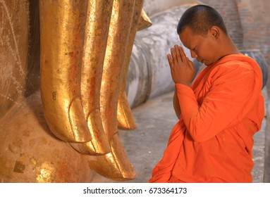 Wat Sri Chum - Sukhotha - -Thailand- July-7-2017  Monks worldwide show respect to the Buddha .On the Visakha Bucha memorates the occasion of the Buddha's birth and