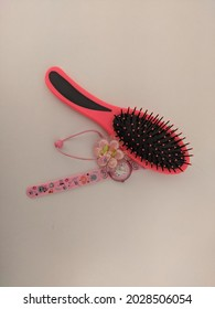 Watch clasp and comb for girls.