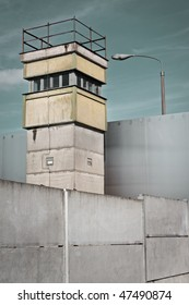 Watch Tower at the Berlin Wall Memorial, Bernauer Stra?e, Berlin Germany