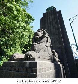 Watchful Lion, Lions Gate Bridge Vancouver