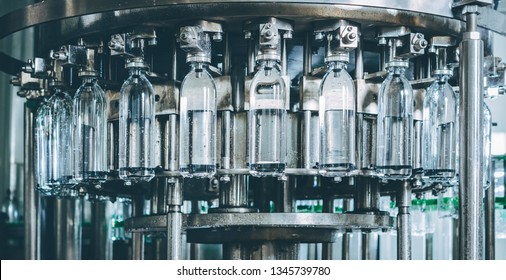 Water bottling line for processing and bottling pure spring water