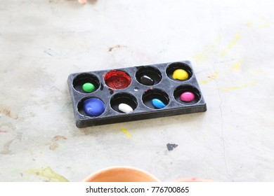 water color pallete for diy and education