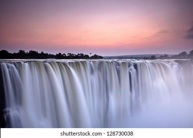 Water fall / morning light