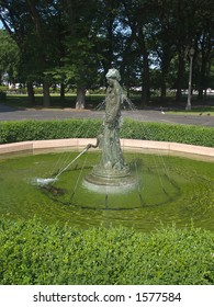 water fountain sculpture of a woman