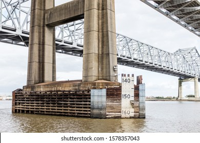 Water marks on Mississippi River Bridge