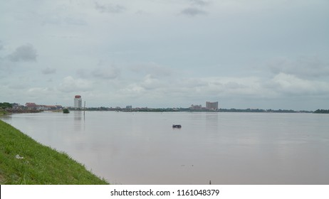 Water in the Mekong River Height to Reach the Redline in Vientiane Capital as of August 20, 2018