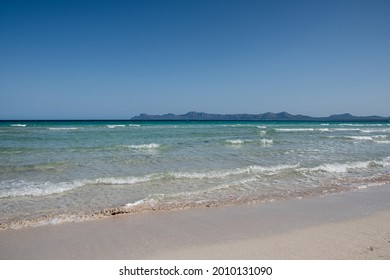 Water, mountains and more in Alcudia