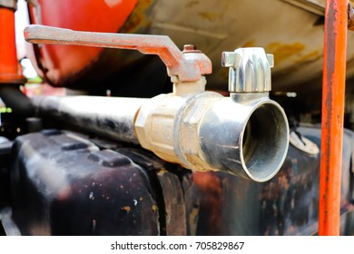 Water pipe on truck