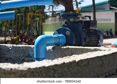 The water pump has a valve to open the water pump into the water tank.