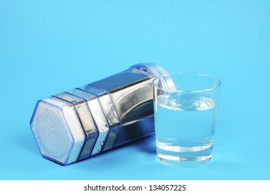 Water purification filter with activated charcoal and other filter substrates