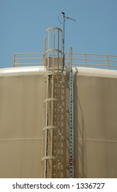 Water Storage Reservoir and Fill Gage