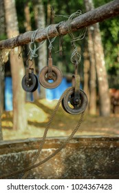 Water well pully
