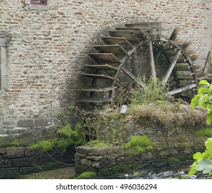 water wheel at Pont-Aven, a commune in the Finistere department of Brittany in northwestern France.