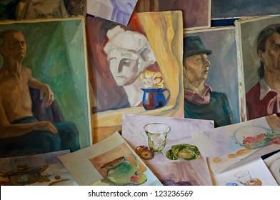 Watercolor paintings and oil paintings. Art educational works.