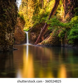 A waterfall at Columbia river Gorge, Oregon, CA, USA