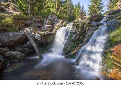 Waterfall on White Smeda