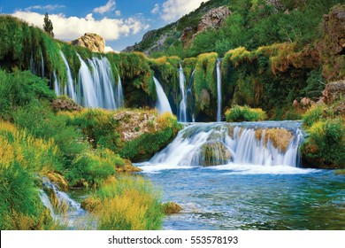 Waterfall Veliki Buk on river Zrmanja in Croatia (Kroatien, Hrvatska) - summer rafting adventures