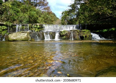 A waterfall where you can play in the river, a sightseeing spot in Toyama Prefecture, Japan