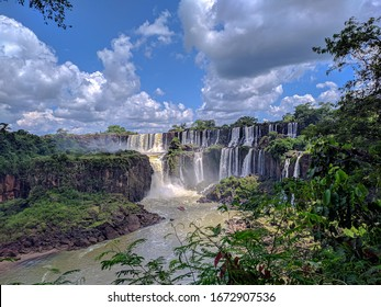 waterfalls of argentina in misiones puerto iguazu