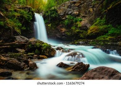Waterflow at Sutherland Falls